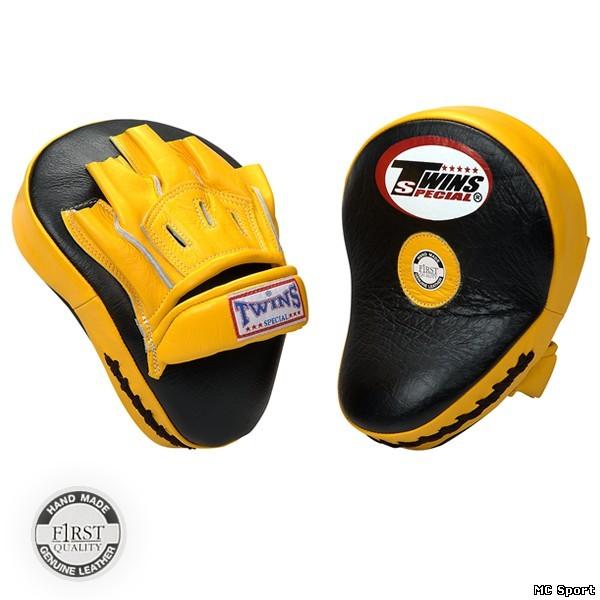 Боксерские лапы изогнутые черный/желтый