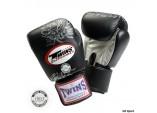 Перчатки боксерские тренировочные,липучка черный