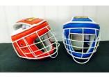 Шлем с белой маской для армейского рукопашного боя.