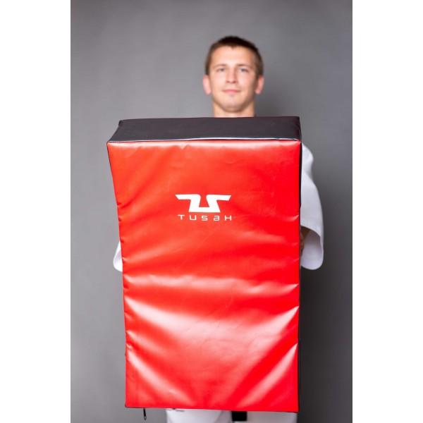 TUSAH Макивара для силовой отработки ударов 26х26х5,5 см / BodY Target Foam Shield
