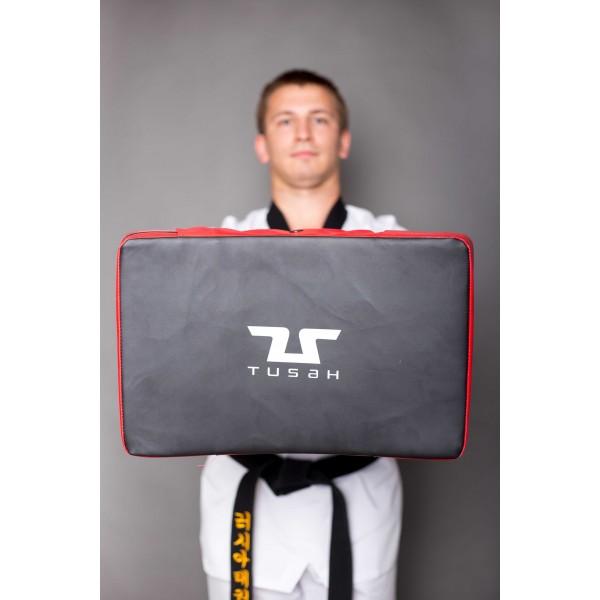 TUSAH Макивара силовая красно-черная / Double Grip Shield